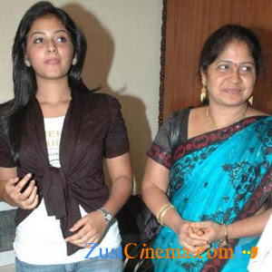 Anjali lodges case on Step-mom harrasement