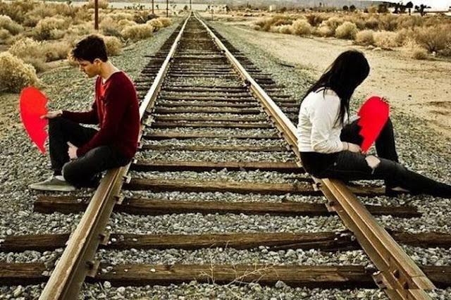 Very Sad Love Shayari On Divorce in Hindi