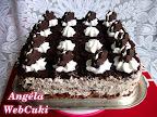 A Házi oreo kekszes tortának az alapja, egy kakaós piskóta, ami oreo keksz darabokkal ízesített, mascarponés habtejszínkrémmel lekenve, a teteje pedig keksz morzsával leszórva és virág mintás kekszekkel van díszítve.