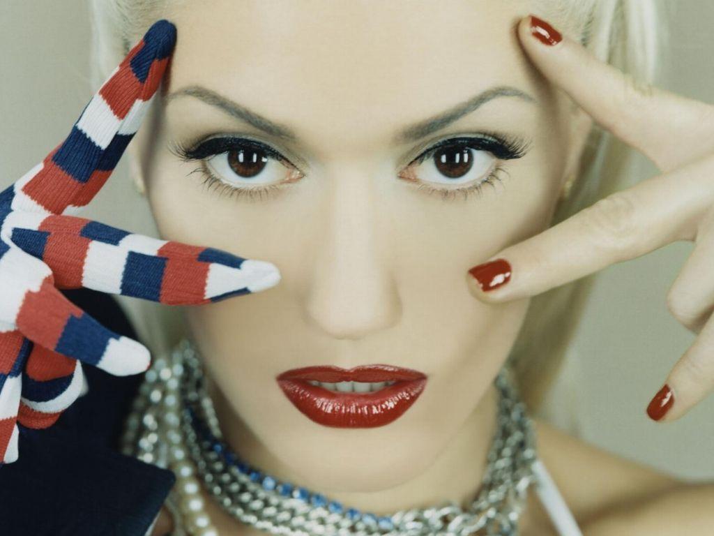 12 - Gwen Stefani