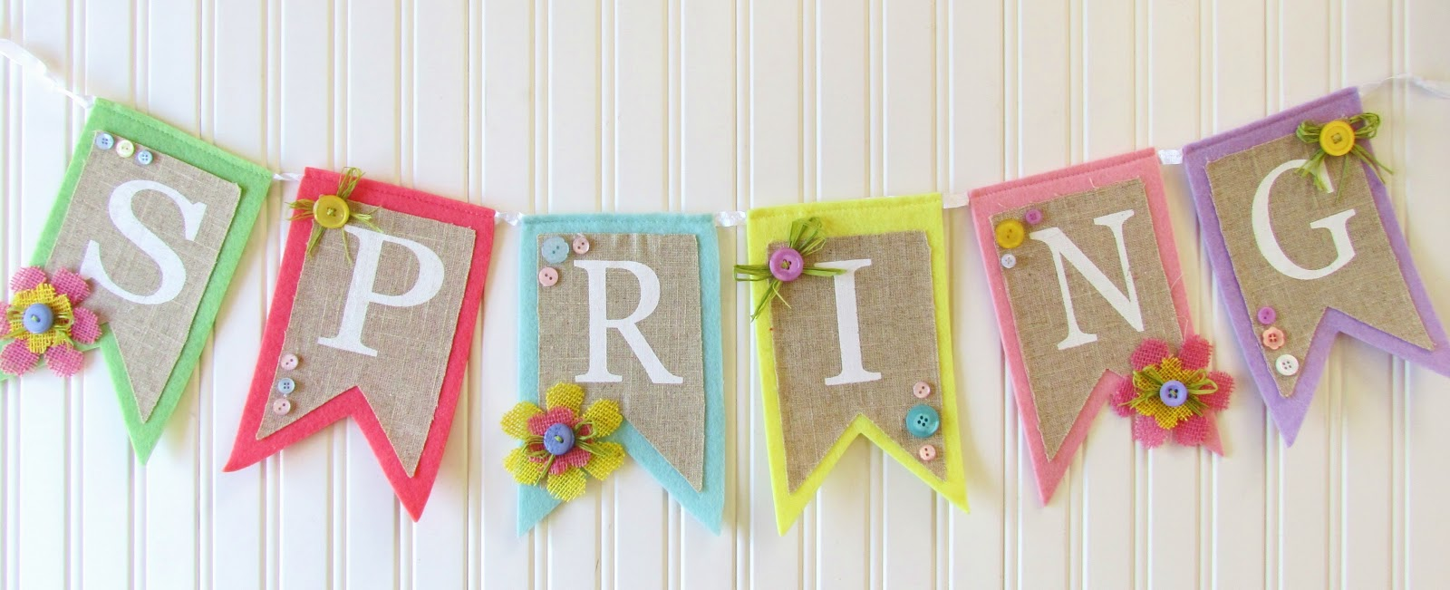 Spring Burlap and Button Banner - Ribbons & Glue