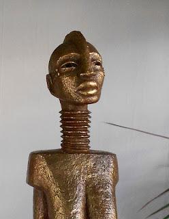 Femme girafe africaine, détail tête et cou