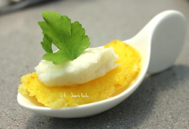 ©Q.B. - Quanto Basta. - Crostoni di polenta con Baccalà Mantecato