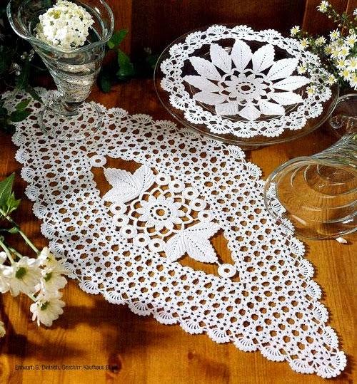 toalha e caminho de mesa gráficos em croche com receita