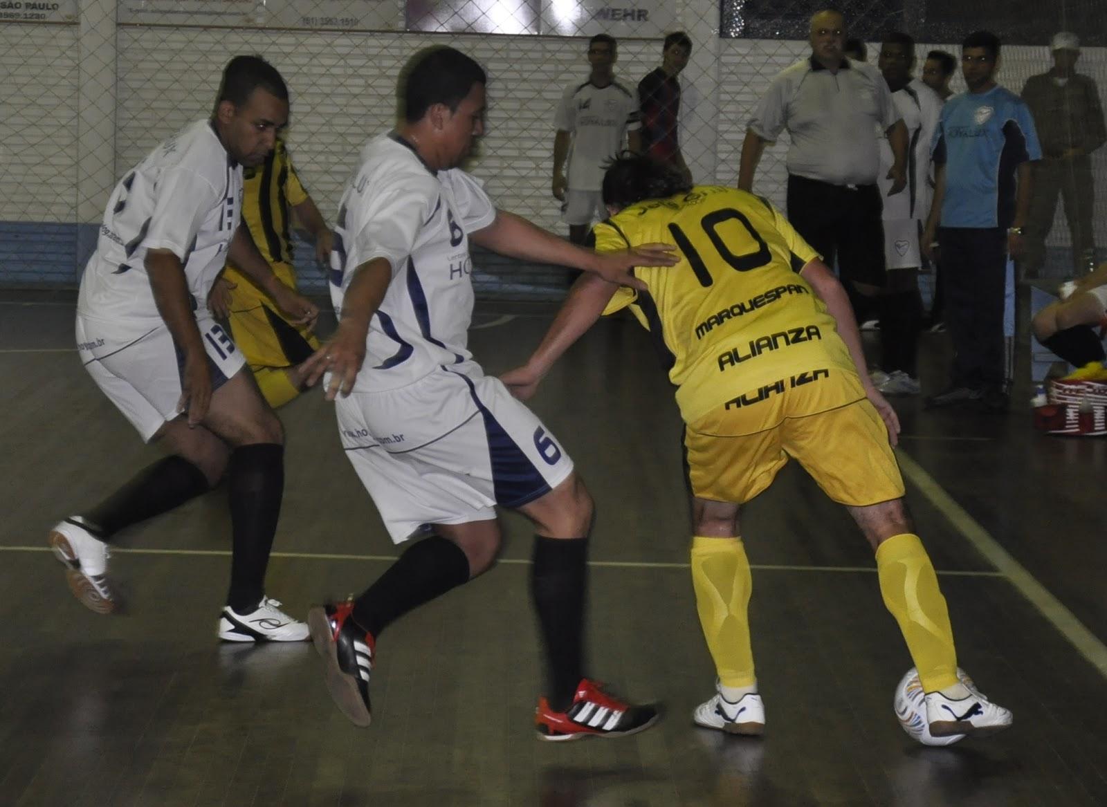 c3f5f3e464 Presidente Lucena – Na noite das últimas três estréias no 3º Aberto de  Futsal do Soberano Fundergs Nani Multimarcas
