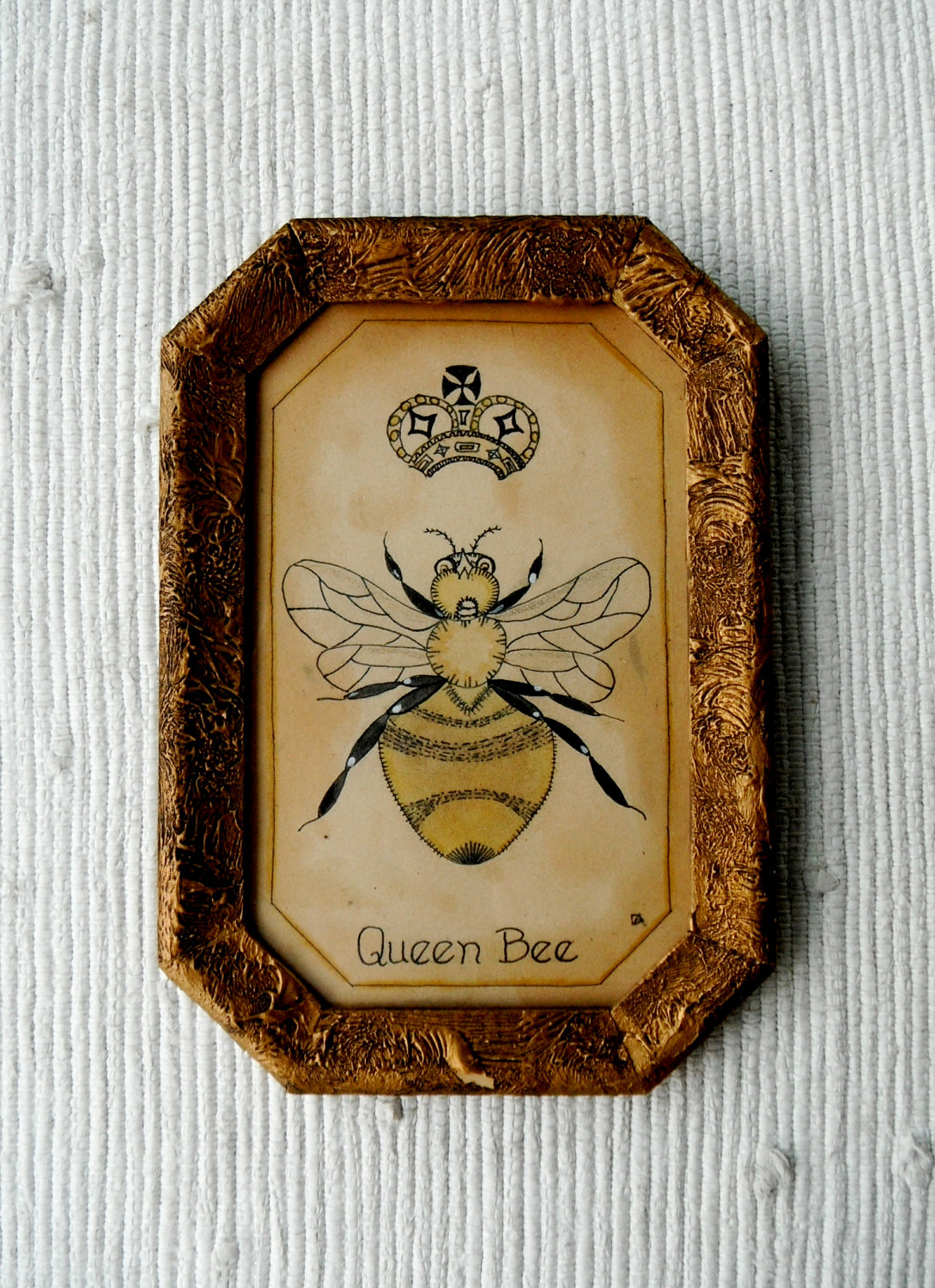 There Are Beautiful Bee Inspired Accessories In Home Decor Stores That Will Add A Touch Of French To Your