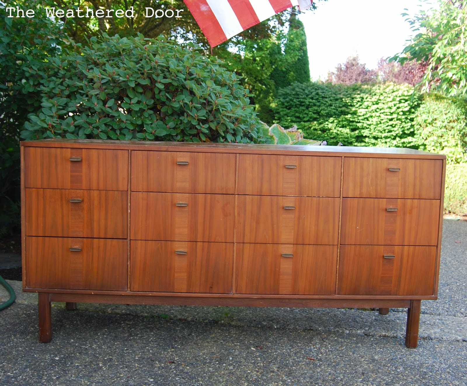 Before U0026 After: Mid Century Modern Credenza With A Glossy White Top