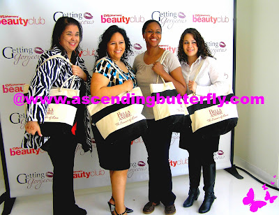 Bloggers Ascending Butterfly, Enjoying this Life, philZENdia, New York Chica, pose with Bella Andre Gift Bags provided by Harlequin