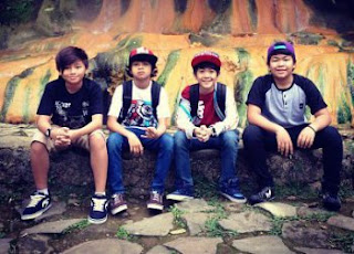 Download Lagu Terbaru Coboy Junior Ngaca Dulu Deh MP3