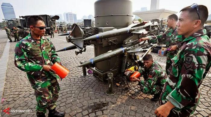 Pekerjaan Rumah Jokowi-JK di Bidang Pertahanan