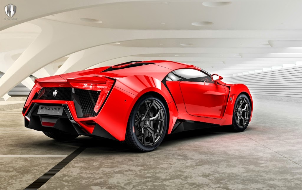 The Car Is Claimed To Have A Top Speed Of 385 Km/h (239 Mph) And Accelerate  From 0 To 100 Km/h (0 To 62 Mph) In 2.8 Seconds.