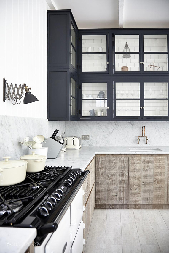 THE ROOM: Contemporary sophisticated kitchen. Photo via Shootfactory