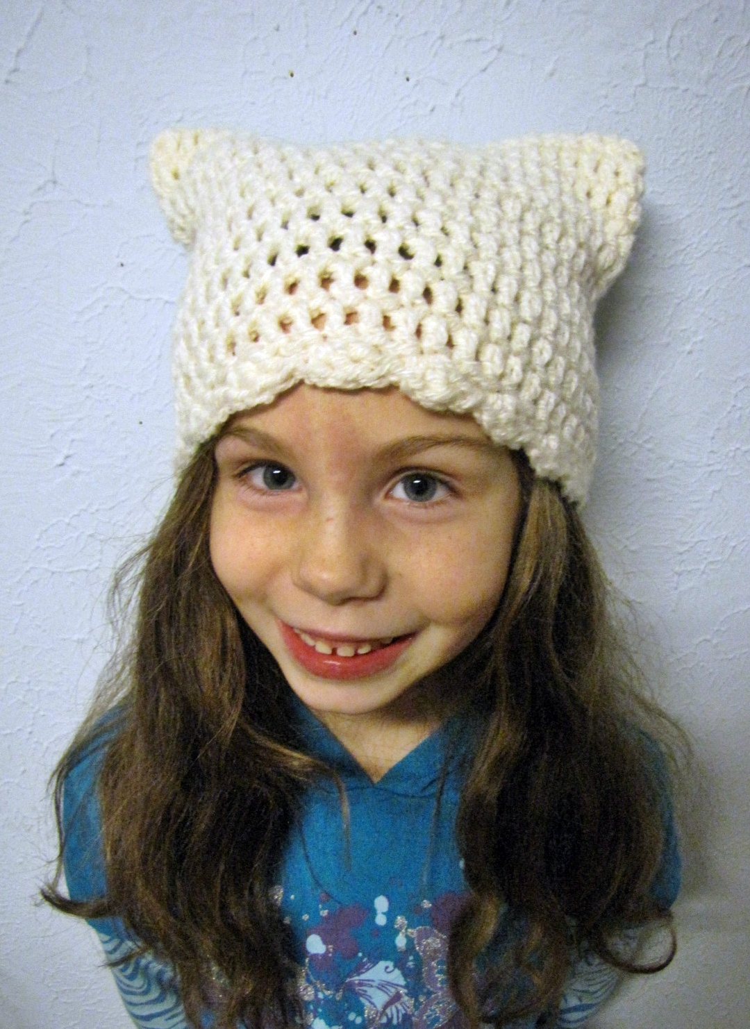 Crochet Kitty Hat Pattern : BellaCrochet: The Kitty Cap: A Free Crochet Pattern For You