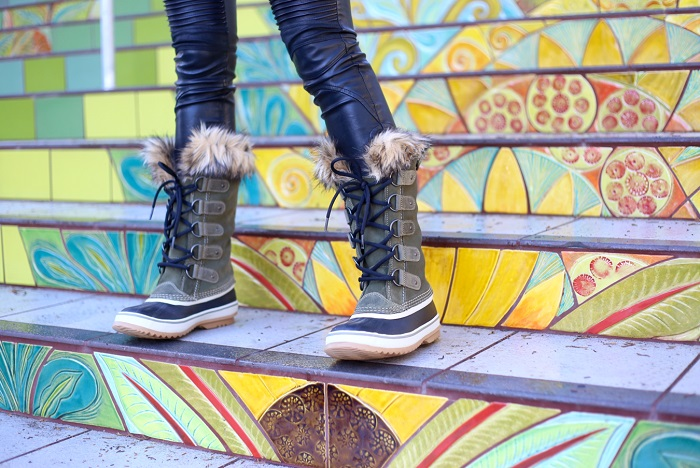 DSW shoe lover, cold weather boots, snow boots, boots, winter boots, nyc, nyc blogger, sorel joan of arctic snow boots, street style, lookbook, fashion blog