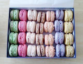 macarons! gift box