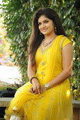 New Actress Noorjahan Photos in Yellow-thumbnail-8