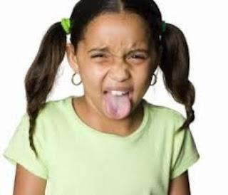 5 Penyebab Mulut Terasa Pahit