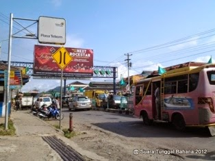 Imbas krisis ekonomi jalan-jalan di Bumiayu menjadi sepi karena orang malas bepergian.
