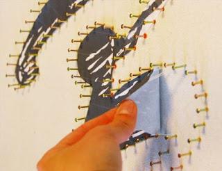 teknik membuat tulisan dari barisan paku