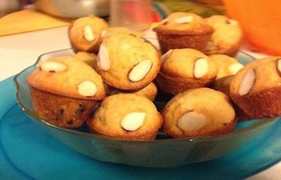 Orange Cranberry Mini Muffins   http://parentpalace.com