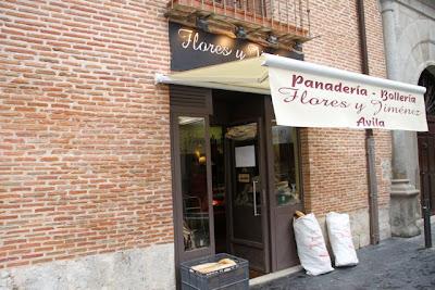 Panadería artesana Flores y Jiménez de medina del Campo. Blog Esteban Capdevila
