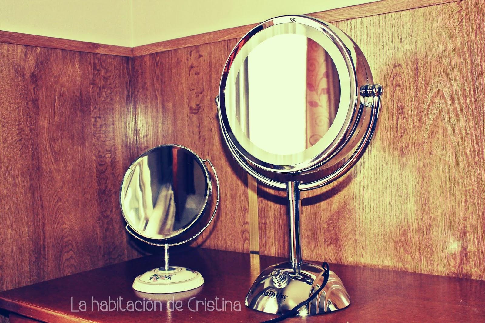 La habitaci n de cristina review espejo con tres tipos de luces 8438e babyliss - Espejo con bombillas ikea ...