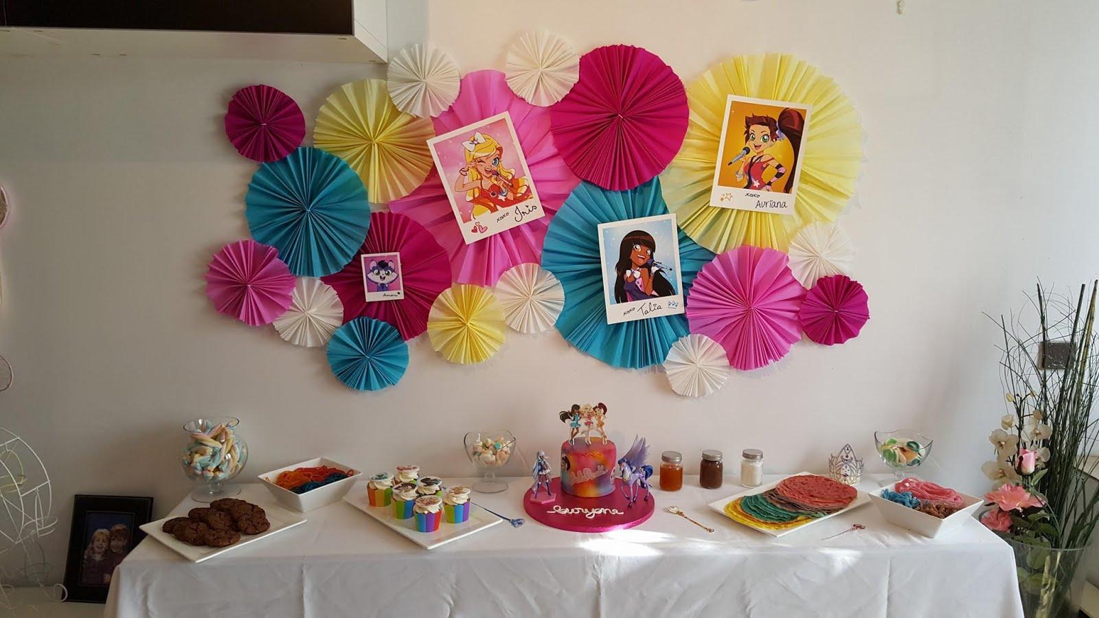 Lauryeva l 39 anniversaire de ma fille partie 1 sweet table avec ses copains copines sur le - Theme anniversaire 1 an fille ...
