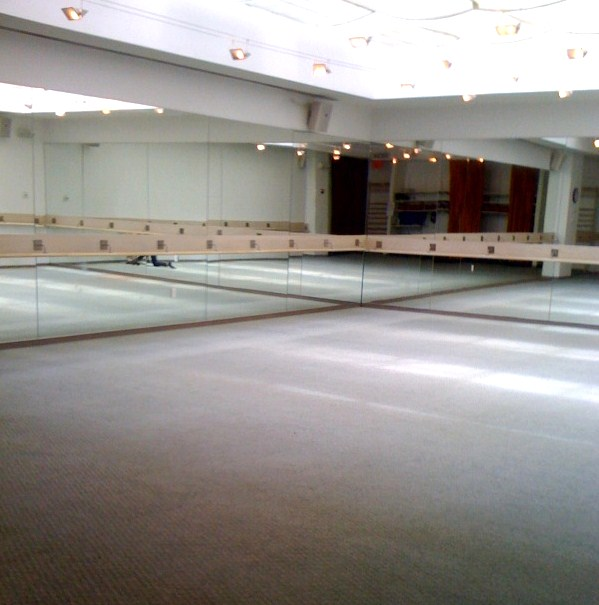 Mom at the barre core fusion at exhale spa a review there are two studios one for yoga and one for the core fusion classes the space is beautiful and bright sunlight streams in from the atrium style roof malvernweather Choice Image