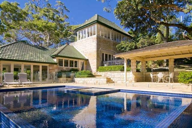 Gorgeous Beach House Made Of Sydney Sandstone Desire Empire