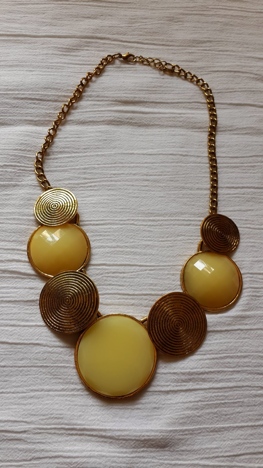 Statement Necklace-Bugis Market Singapore-Singapore Shopping- Singapore Statment Necklaces