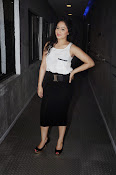 Actress Nikesha Patel photos-thumbnail-12