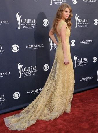 Taylor Swift Dress on Com Wp Content Uploads 2011 04 Taylor Swift Acm Awards Dress 2011 Jpg