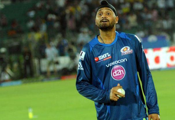 Harbhajan-Singh-RR-vs-MI-IPL-2013