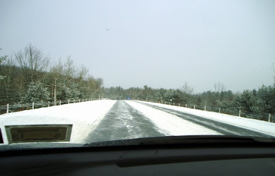 Snow-covered roads always help set the stage for a good ski day.  I-87 on the way to Gore Mountain, Saturday morning.  The Saratoga Skier and Hiker, first-hand accounts of adventures in the Adirondacks and beyond, and Gore Mountain ski blog.