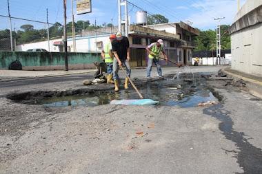 """Iniciaron trabajos de recuperación del colector de aguas servidas en el elevado """"Robert Serra"""""""