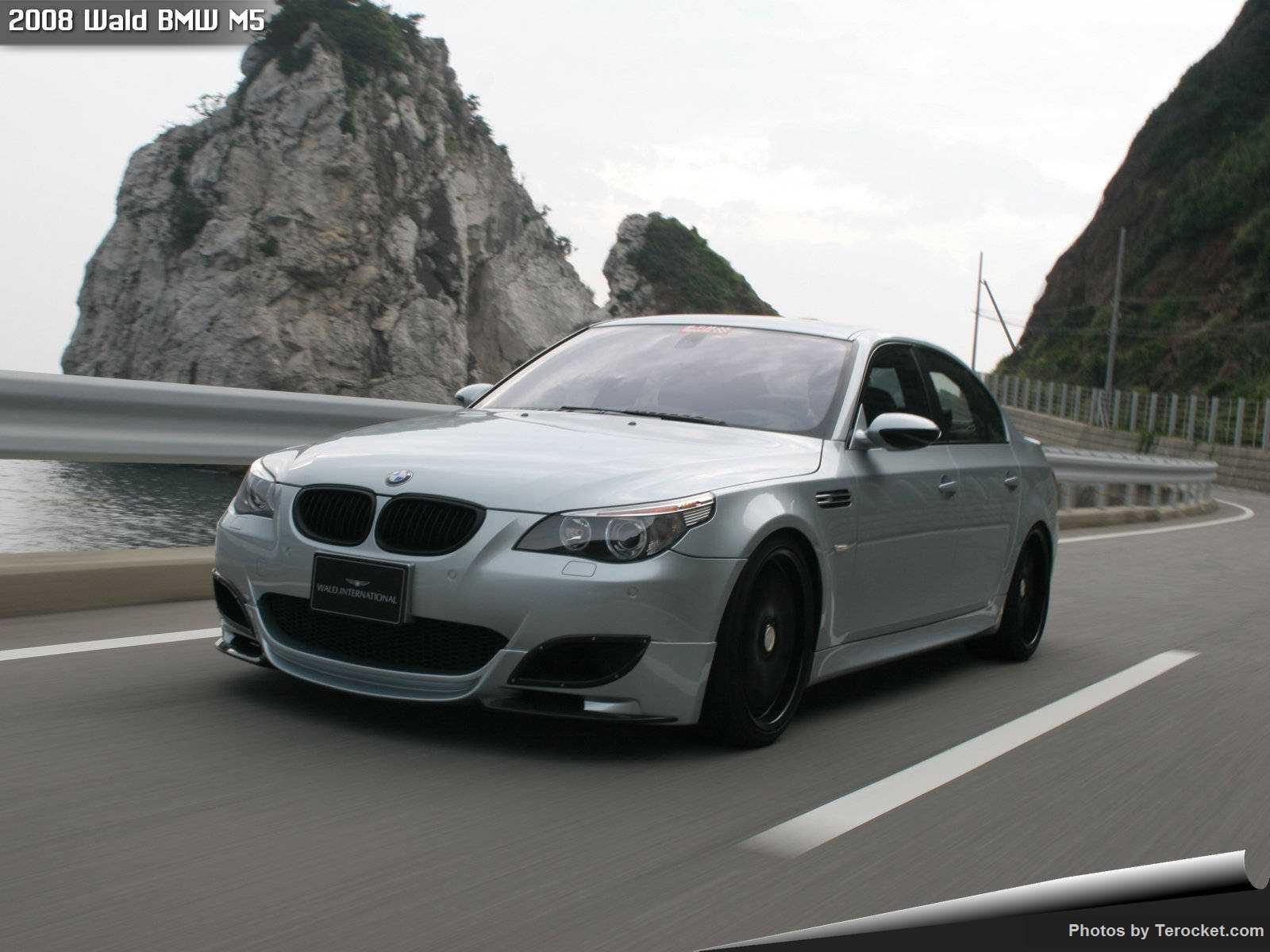 Hình ảnh xe độ Wald BMW M5 2008 & nội ngoại thất