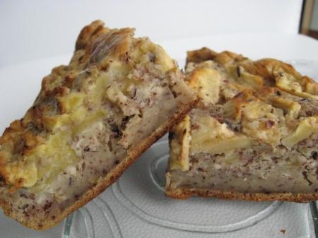 bolo de maçãs e nozes
