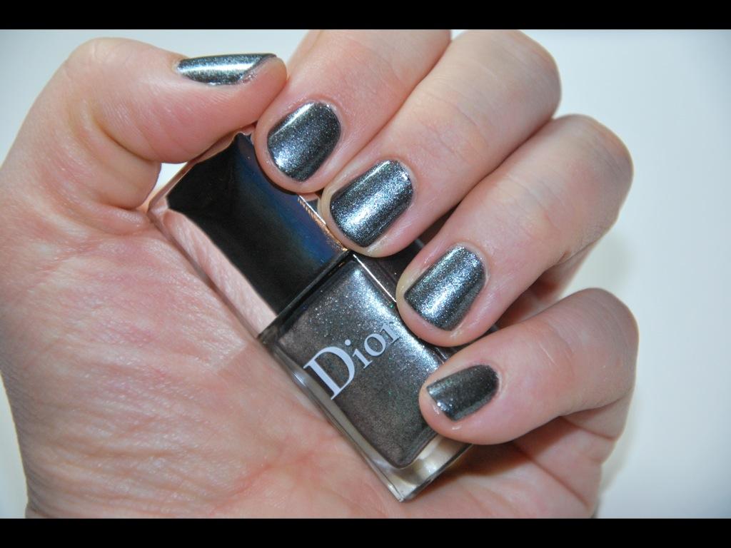 Schu00f6ne Nagellacke Dior Metallic Silver 072