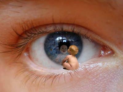 http://1.bp.blogspot.com/-BoslcEOXSRQ/UuVmUQqS5HI/AAAAAAAAC40/CHwhyyG853c/s1600/smallest_baby_eye_Wallpaper_66ej4.jpg