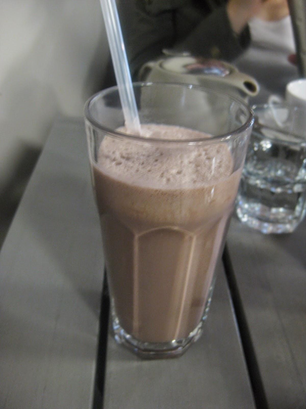 Cassie Cakes Review of Plenty chocolate milkshake