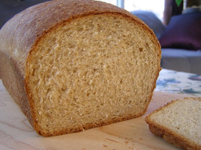 Hanaâ's Kitchen: Whole-Grain Maple Oat Bread