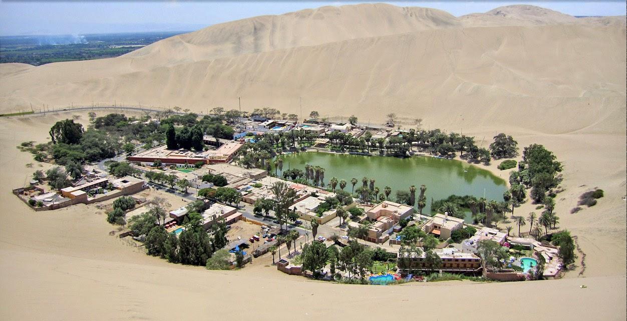 Curiosidades, la laguna de Huacachina en Perú