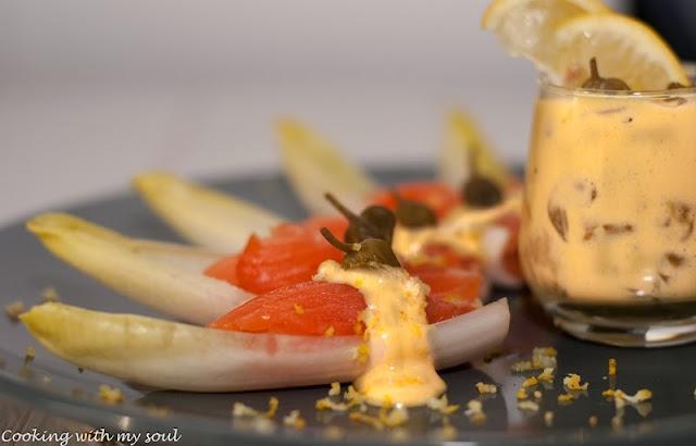 Salata de andive cu somon afumat si dresing de mustar