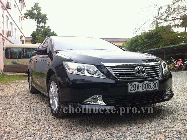 Cần thuê xe ô tô 4 chỗ tại Hà Nội Toyota Camry