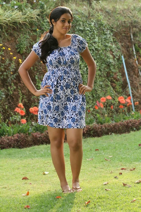 poorna (shamna kasim) latest photos