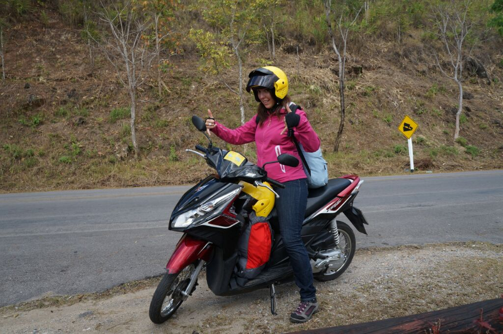 sacs et scooter mae hong son loop