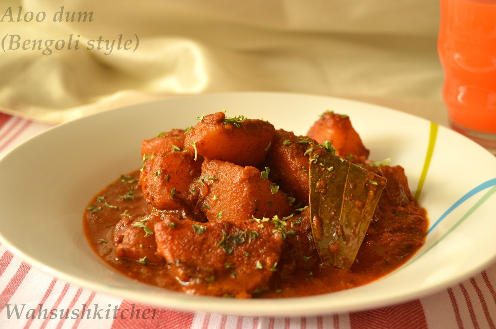Potato Curry (Aloor Dom/Aloo Dum) Recipe — Dishmaps