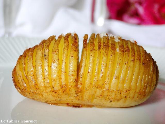 Les hasselback potatoes suédoises (pommes de terre bio rôties au four)