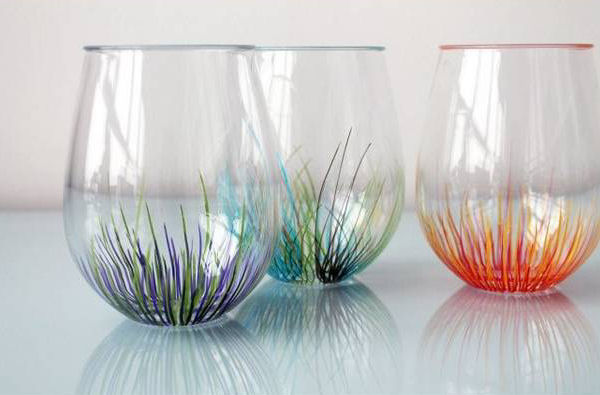 C mo decorar vasos de vidrio con plumones de aceite - Creative glass painting ideas ...