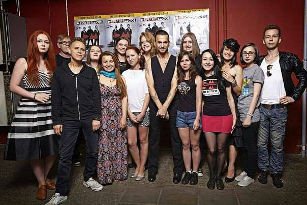 All we know is all we know reach out and touch depeche mode the st petersburg meet greet dave center looking consistently uncomfortable in a sea of russian women martin left probably digging it m4hsunfo